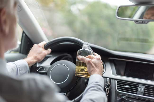 Driver drinking and driving